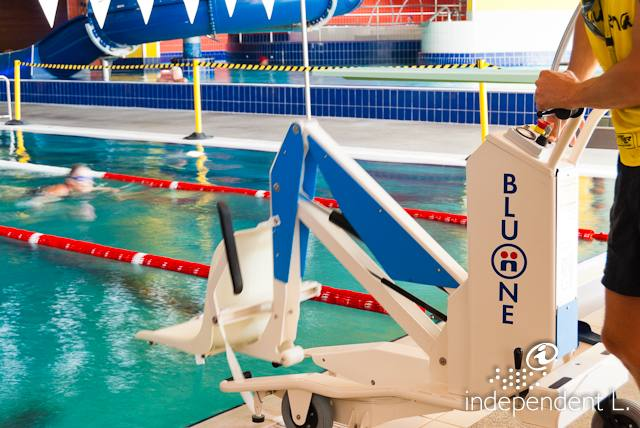 Poi acquarena outdoor piscina all 39 aperto a bressanone alto adige per tutti turismo senza - Piscine con scivoli bressanone ...