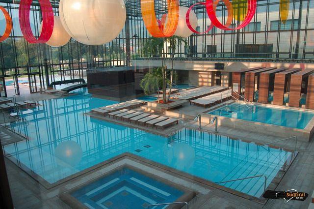 Terme merano piscine coperte e acqua termale alto adige per tutti - Piscina di acqui terme ...