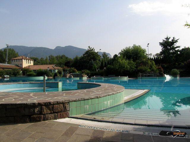Poi sport e avventura al lido di termeno alto adige per - Orientamento piscina ...