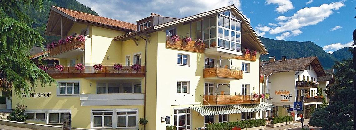 Hotel Ristorante  Tannerhof