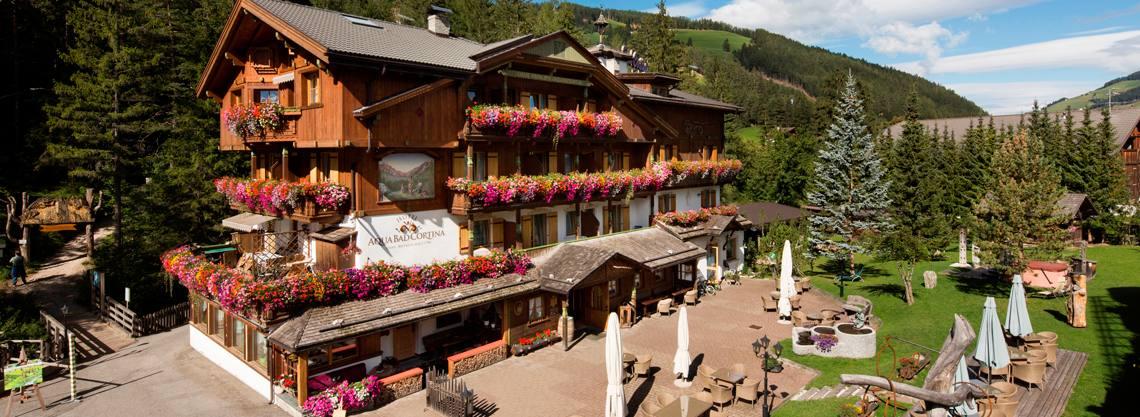 Hotel Aqua Bad Cortina & mineral baths
