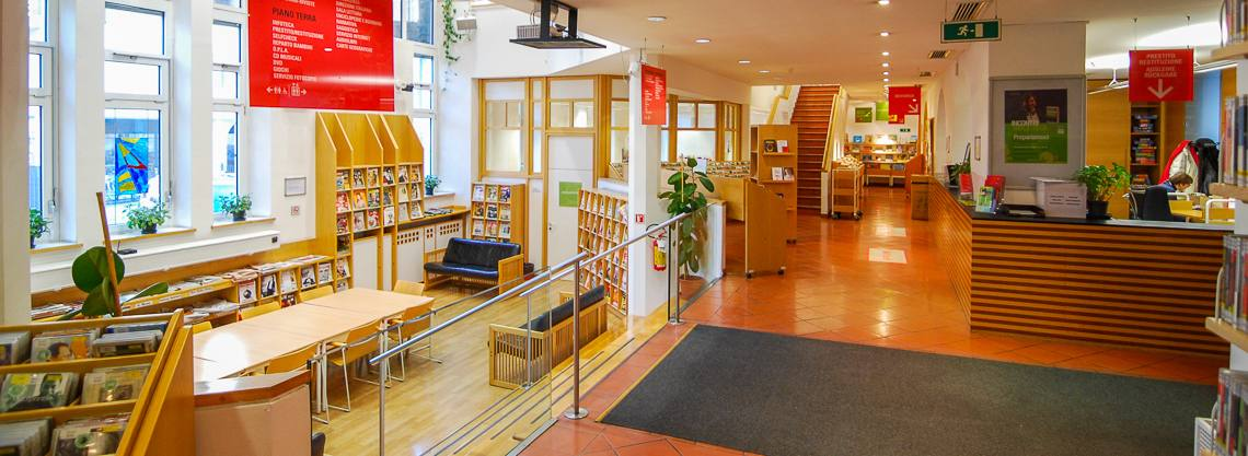 Biblioteca civica Merano