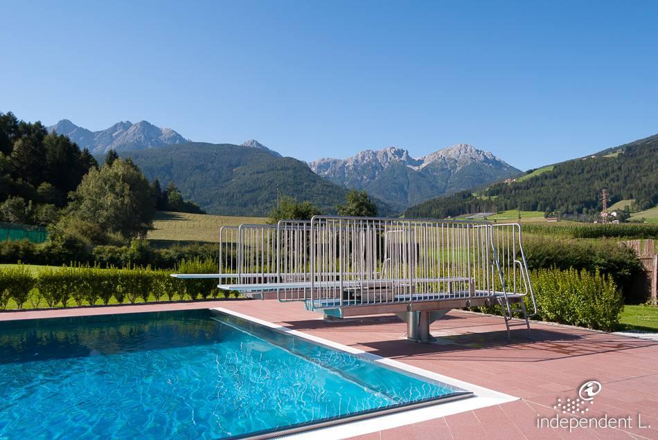 piscina all 39 aperto a valdaora alto adige per tutti