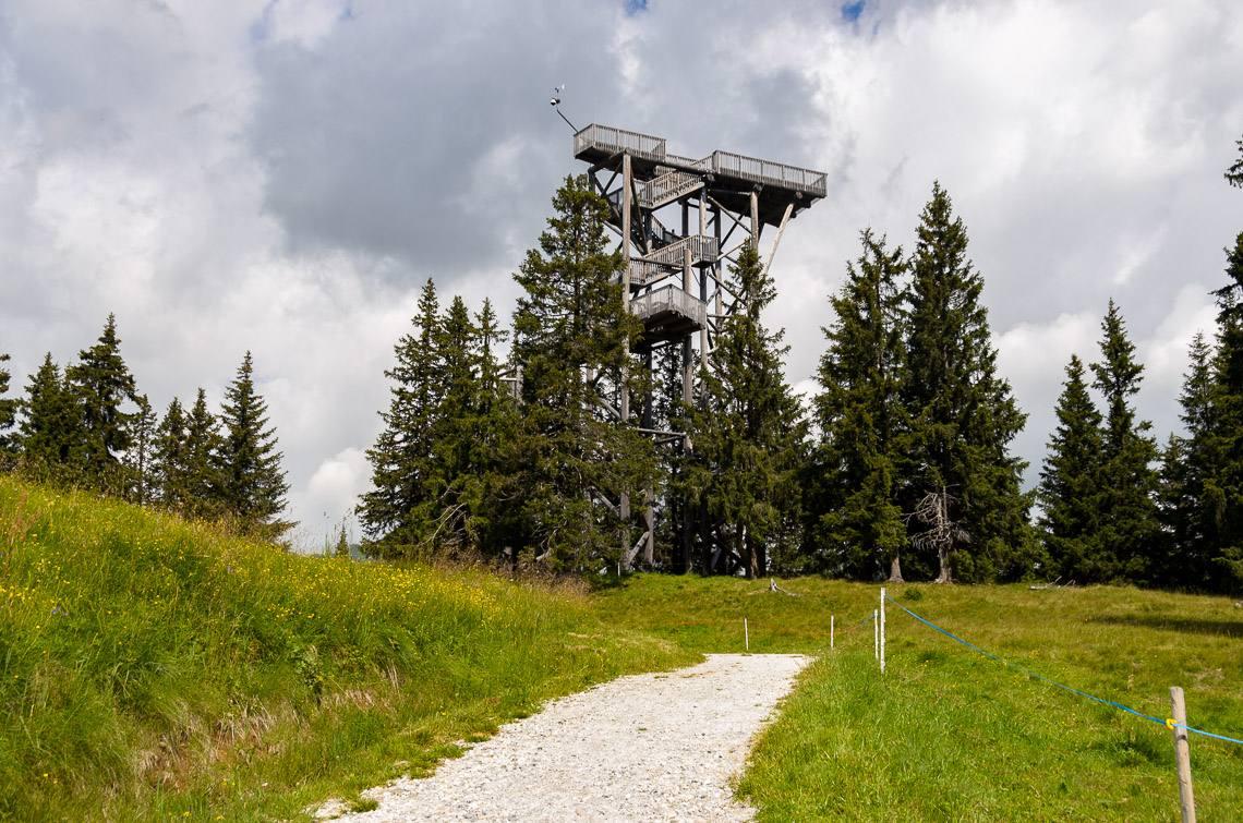 Cabinovia racines giovo alto adige per tutti for Vista sulla valle cabine colline hocking